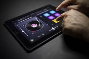 dj-app