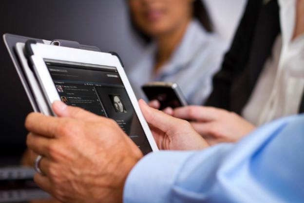 Factors to Choose Enterprise Mobility Solutions Provider