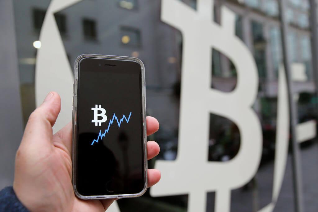 blockchain  - Blockchain - Know These 4 Challenges That Faced By Public Blockchain