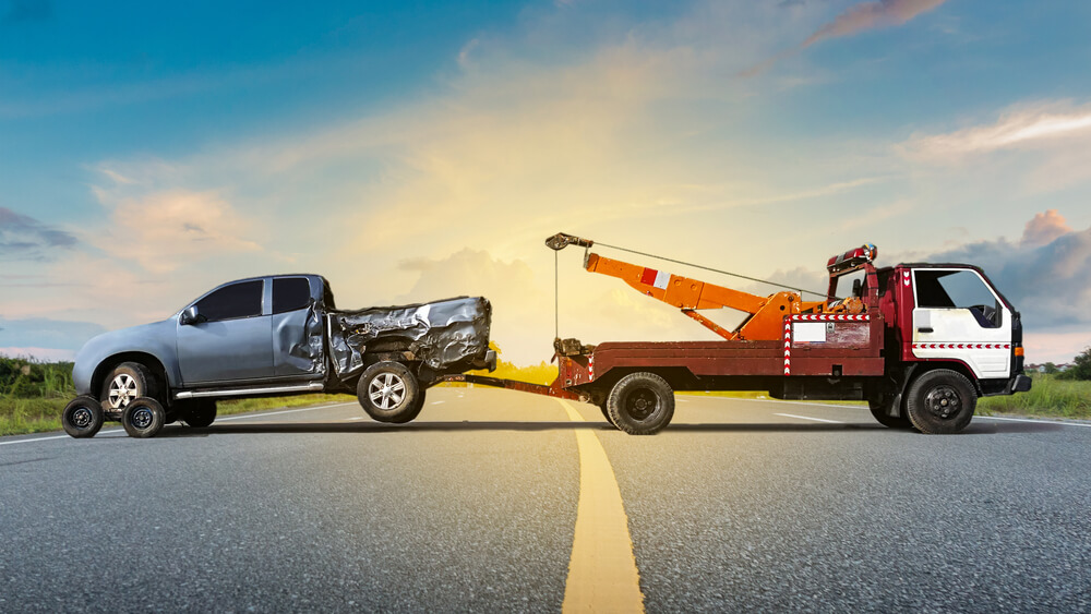 Uber for towing app development, Planning to Create an App like Uber for Towing? Top 3 Solutions Need to Consider Before Developing an On-demand Roadside Assistance App