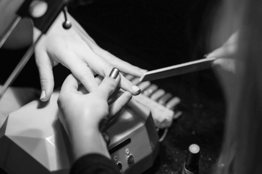 nail-salon-app-1
