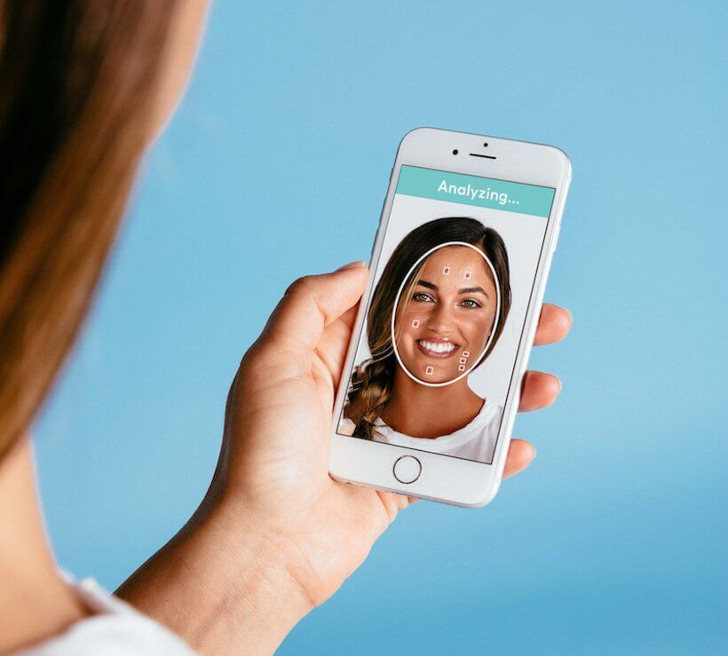 makeover app development, Best Makeover App Development: 4 Unique Features to Consider While Developing An App Like YouCam App